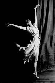 Ek dans; daarom bestaan ek
