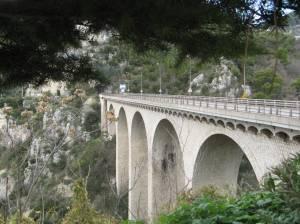 Die brug by Eze