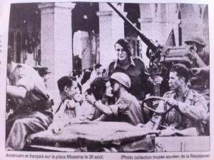 Franse en Amerikaanse troepe, Place Massena, 30ste Aug, 1944
