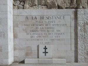 """""""Aux armes, Citoyens! Marchons, marchons ..."""""""